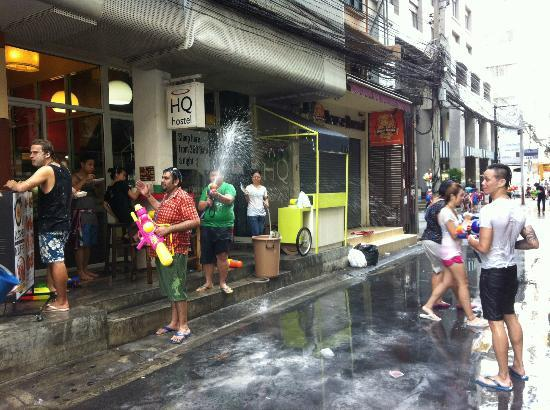 HQ hostel Bangkok: Songkran 2012