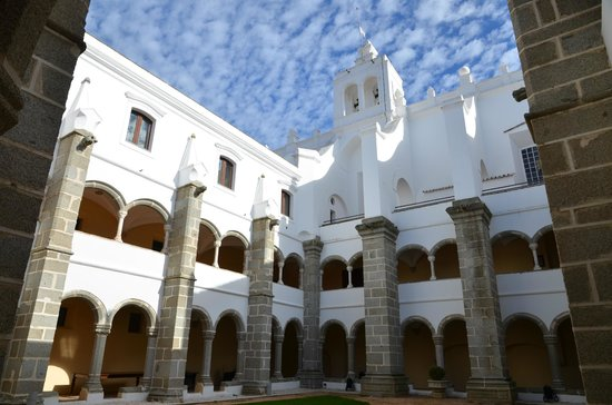 Convento do Espinheiro, A Luxury Collection Hotel &amp; Spa: Clotre