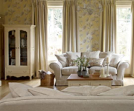 Laura Ashley London England Address Phone Number