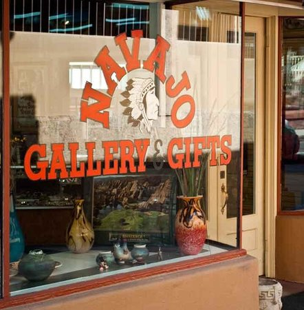 Navajo Gallery & Gifts
