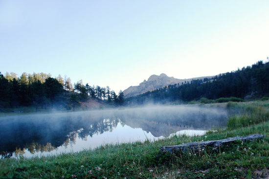 Lost Valley Ranch: Pond Meadow Morning