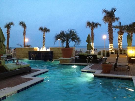 Great heated outdoor pool picture of ocean beach club for Affordable pools virginia beach