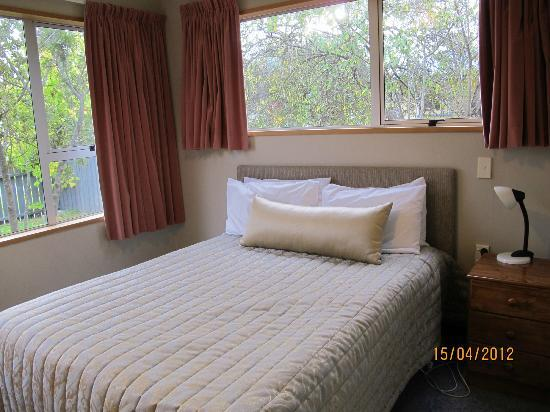 Anchorage Motel - Golden Chain: Bedroom 3