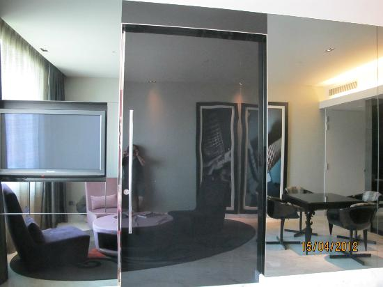 Full length wall mirror in the living room picture of for Full length mirror in living room