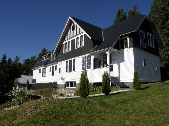 Black Bear Bed & Breakfast