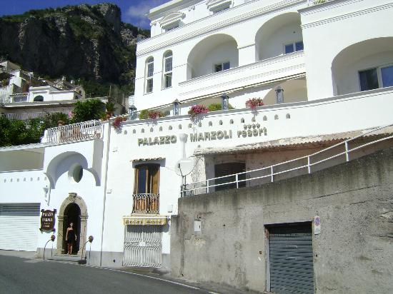 Palazzo Marzoli Resort: Front of the hotel