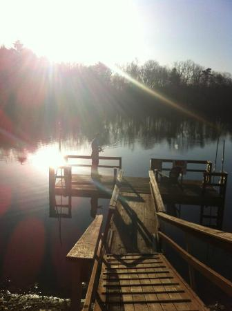 The Black Walnut Inn and Stables: Morning fishing