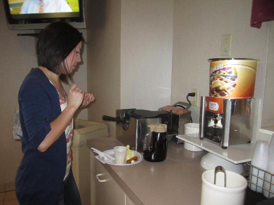 Sleep Inn: Make your own waffle station