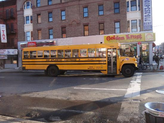 BEST WESTERN PLUS Arena Hotel: around the hotel... a schoolbus
