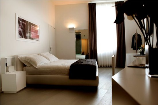 Piazza di Spagna Suites