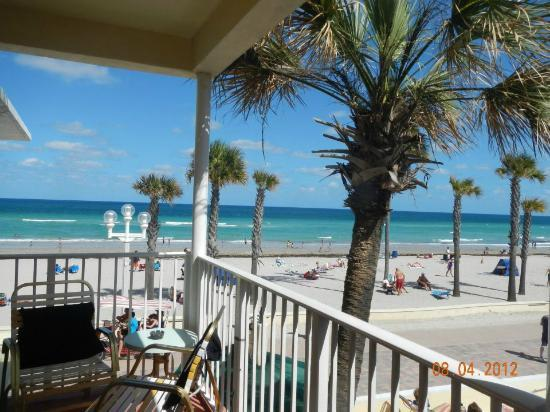 Tide Vacation Apartments: View of beach from in front of room 214
