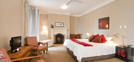 Athelstane House Queenscliff See 101 Reviews and 28  : king room from tripadvisor.com.au size 550 x 256 jpeg 32kB
