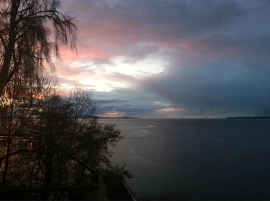 North Shore Cottages: View from Salmon Shoal