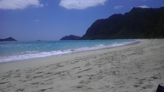 Hale 'Nalo Beach Rentals: Dah beach, right
