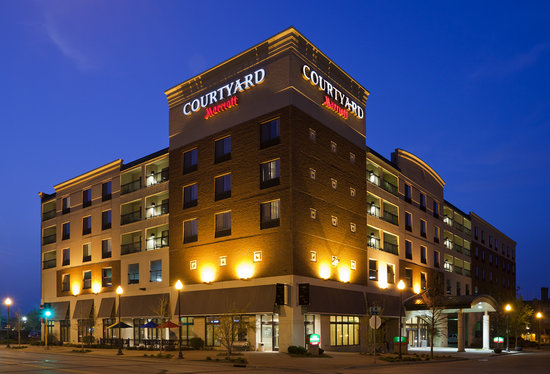 Courtyard Rochester Mayo Clinic Area/Saint Marys: Welcome to Courtyard by Marriott Mayo Clinic Area/Saint Marys in Rochester, Minnesota