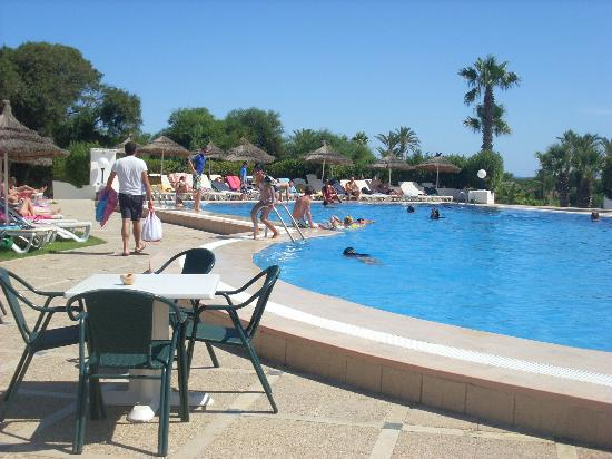 301 moved permanently for Club piscine ste marie