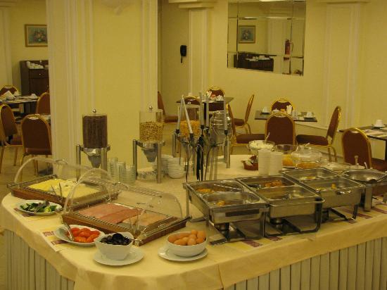Vergina Hotel Thessaloniki: Breakfast