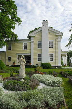 Halcyon Place Bed and Breakfast