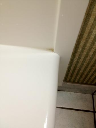 Country Inn & Suites By Carlson, Rochester-East, NY: bath by tub
