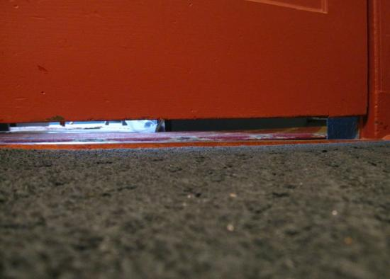 Robert Morris Inn: The three inch gap under the door that ensures a lack of privacy.
