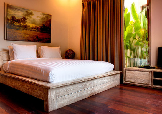 The Dipan Resort Petitenget: room