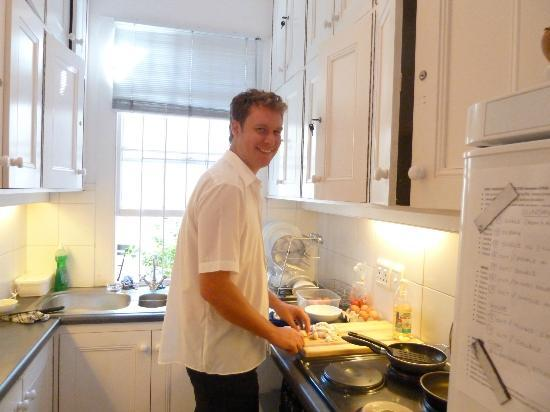 Tintagel Guesthouse: Manager