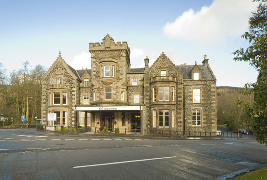 Bay Tarbet Hotel