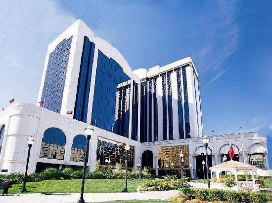 The Atlantic Club Casino Hotel: Exterior