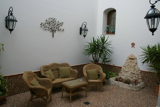 Photo of Hotel Plaza Escribano Moguer