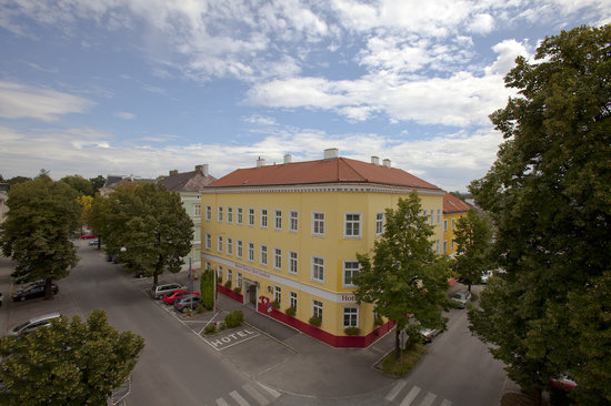 Photo of Unter den Linden Krems