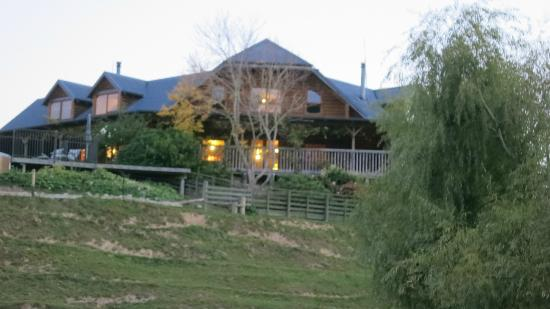 Lakeside Lodge: farm
