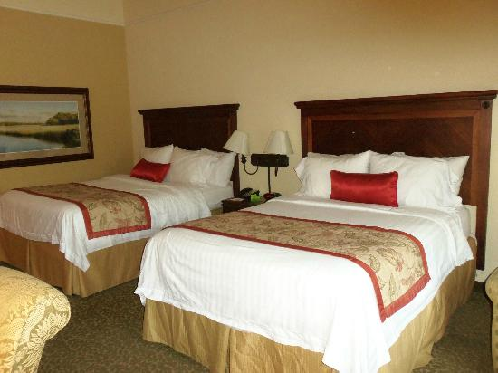 Courtyard by Marriott Charleston-Mount Pleasant: Courtyard by Marriott, Mt Pleasant, SC_April 2012