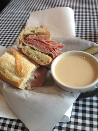 Old World Deli: soup and sandwich