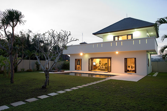 Keramas Moonlight Villa: getlstd_property_photo