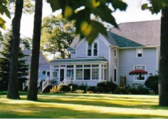 East Tawas Junction Bed and Breakfast Inn and Chicka