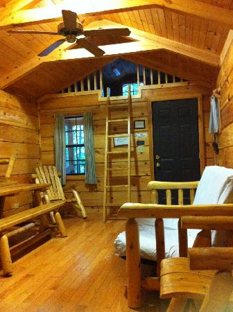 Stoutsville, MO: Interior of cabin.