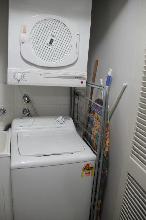: washing machine and dryer