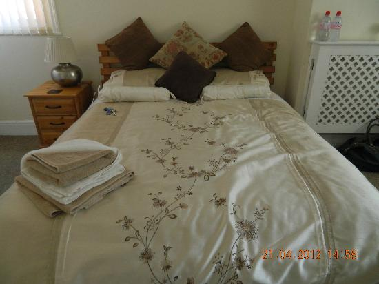 Rylstone Mere Bed and Breakfast: Bedroom