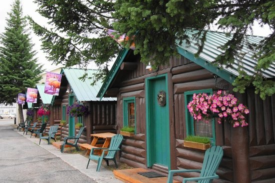 Moose Creek Cabins and Inn: Moose Creek Cabins