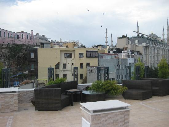 Hotel Amira Istanbul: View from the terrace
