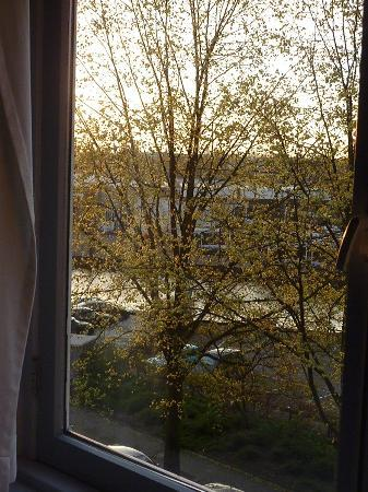 Blaine's B&B: What A Lovely View To Wake Up To!