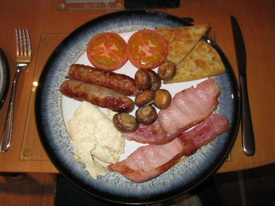 Failte Bed And Breakfast: the Scottish Breakfast Plate