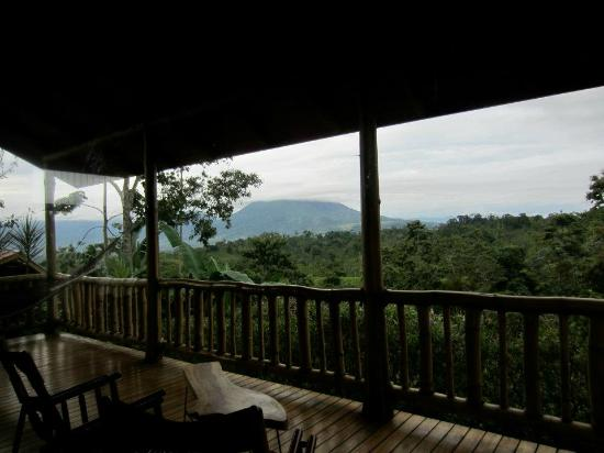 Leaves and Lizards Arenal Volcano Cabin Retreat: Gorgeous view