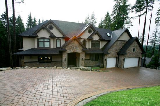 Photo of Crystal Creek Bed & Breakfast Vancouver