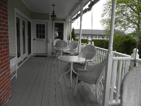 Nellie Littlefield Inn & Spa: the porch