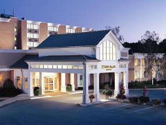 Ethan Allen Hotel