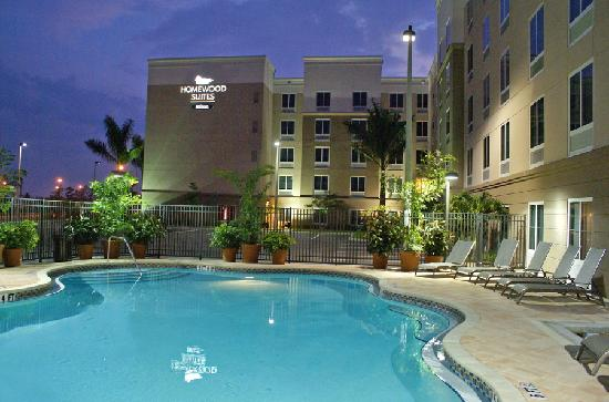 ‪Homewood Suites by Hilton Fort Myers Airport / FGCU‬