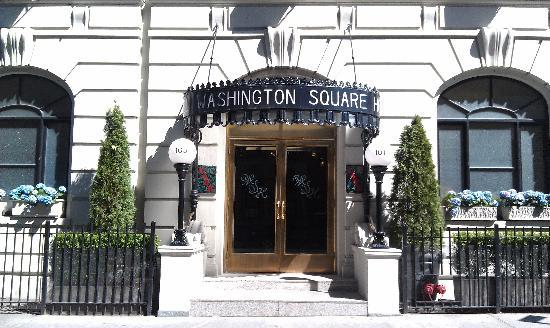 Washington Square Hotel: Main Entrance