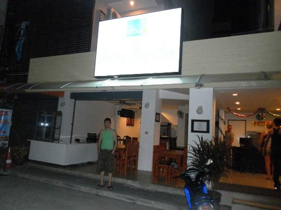 Patong Bay Inn: Entrance