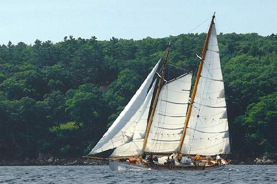 Rockport, เมน: Sail the coast of Maine
